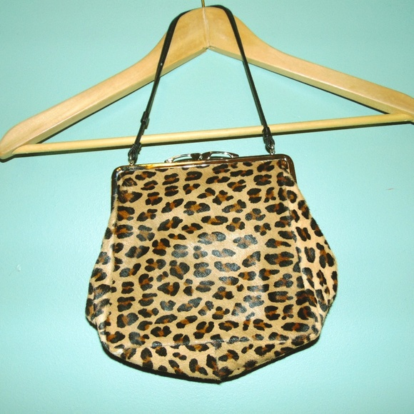 Handbags - Vintage 50s faux leopard clutch